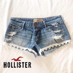 Hollister Co denim shorts with lace trim size 29
